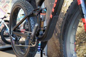 2017-trek-farley-ex-carbon-full-suspension-fat-bike-1